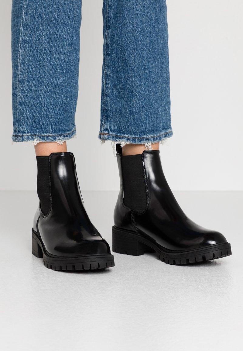 4th & Reckless - Kotníkové boty - black
