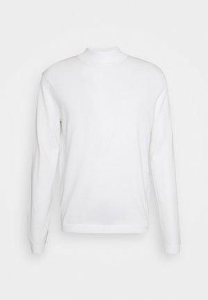 TERN  - Neule - pure white
