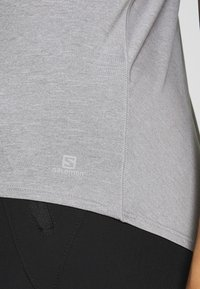 Salomon - COMET TEE  - T-shirts - lunar rock/white/heather - 4
