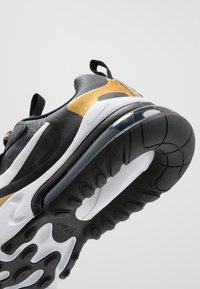 Nike Sportswear - AIR MAX 270 REACT - Sneakers - anthracite/white/black/metallic gold - 2