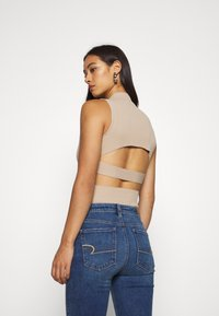Missguided - CUT OUT BACK BODYSUIT - Top - taupe - 2