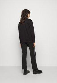 MICHAEL Michael Kors - CHAIN LOGO - Sweatshirt - black/silver - 2