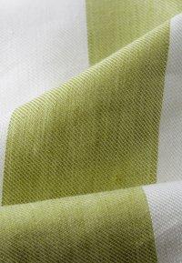 IVY & OAK - Shorts - moss green - 5