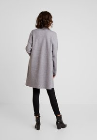 Vero Moda - VMTASTY FULLNEEDLE COATIGAN - Kardigan - medium grey melange - 2