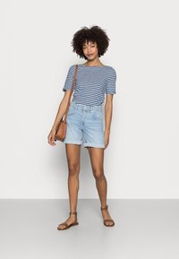 Marc O'Polo - Jeansshorts - commercial blue wash - 1