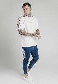 SIKSILK - Slim fit jeans - blue - 1