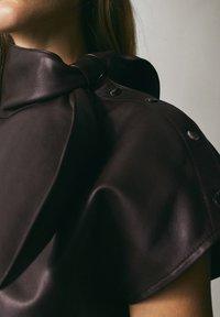 Massimo Dutti - MIT SCHLEIFE LIMITED EDITION - Blouse - bordeaux - 4