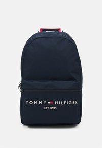 Tommy Hilfiger - ESTABLISHED BACKPACK - Rugzak - desert sky - 0