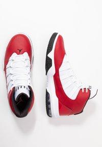 Jordan - MAX AURA - Korkeavartiset tennarit - gym red/black/white - 1