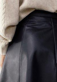 Massimo Dutti - A-line skirt - black - 5