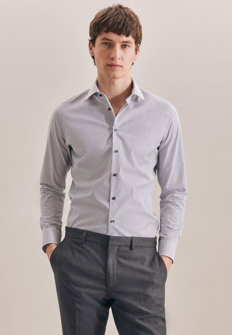 Seidensticker - BUSINESS SLIM - Shirt - schwarz