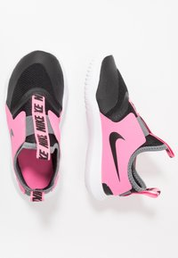 Nike Performance - FLEX RUNNER - Scarpe running neutre - black/pink glow/smoke grey - 0