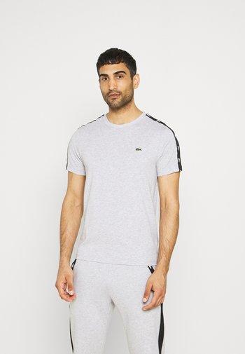 Print T-shirt - silver chine/black