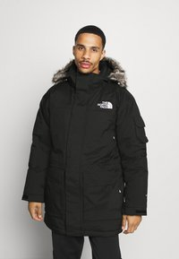 The North Face - RECYCLED MCMURDO UTILITY - Untuvatakki - black - 0