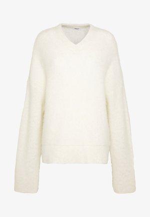 LAUREL - Pullover - white