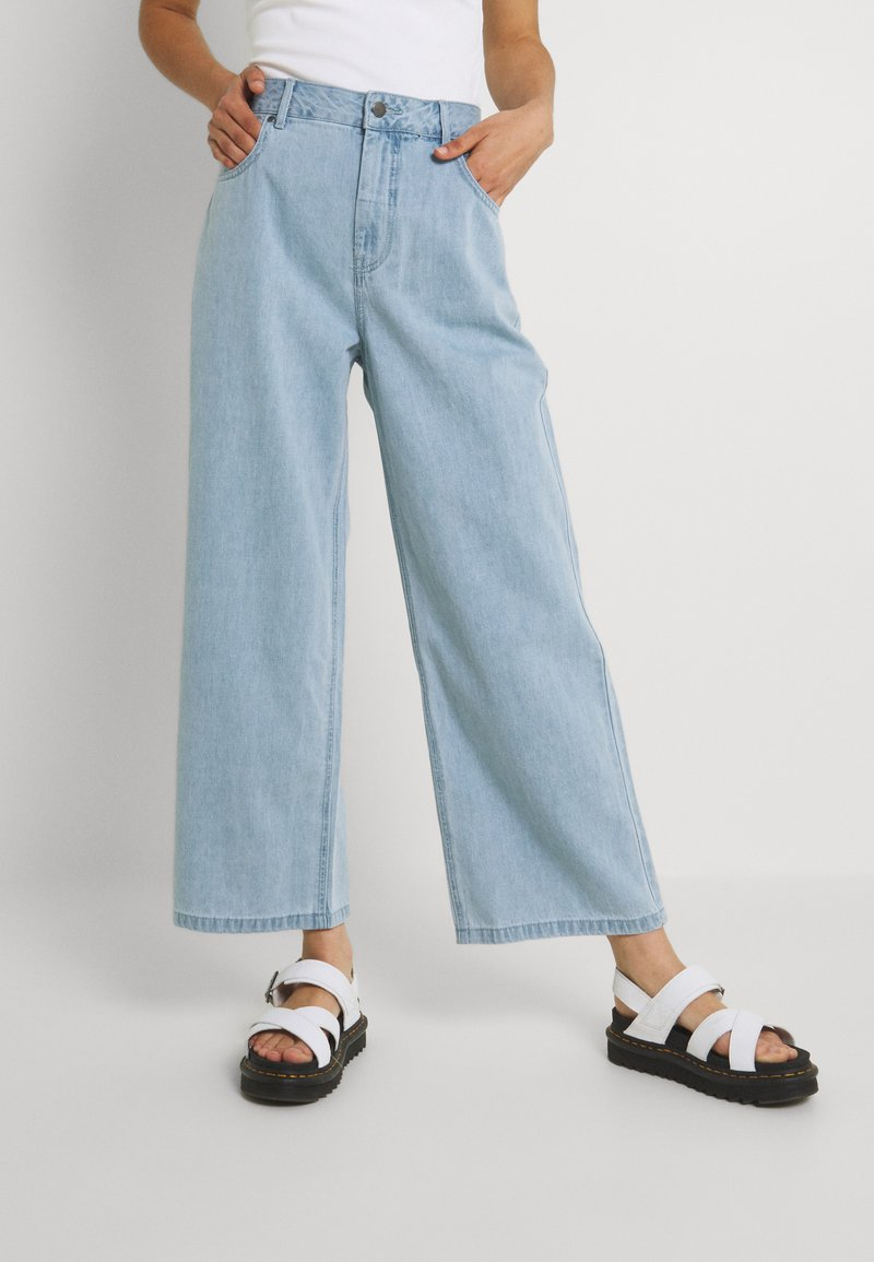 Afends - KENDALL - Široké džíny - stone blue