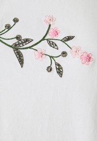 WEEKEND MaxMara - TRACIA - T-shirt imprimé - weiss - 6