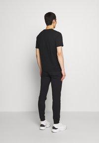 Bricktown - LUCKYCAT - T-shirt print - black - 2