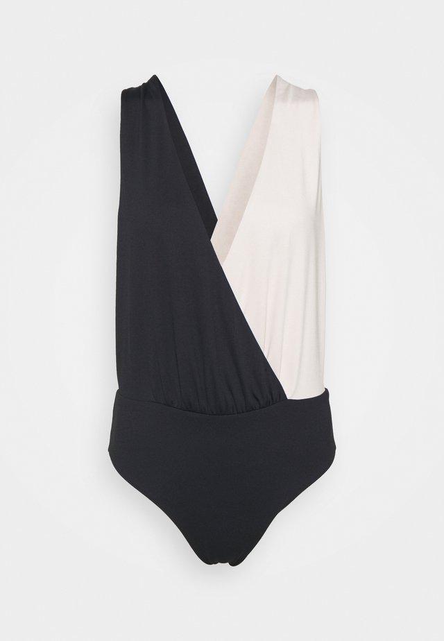 CHARO - Print T-shirt - jet black