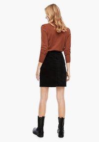 s.Oliver - Pencil skirt - black - 2
