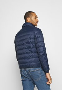 Tommy Jeans - PACKABLE LIGHT JACKET - Daunenjacke - twilight navy - 2