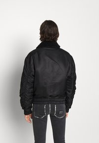 Versace Jeans Couture - DIAGONAL  - Bomber Jacket - nero - 4