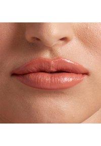 Nyx Professional Makeup - SHOUT LOUD SATIN LIPSTICK - Lipstick - silk - 3