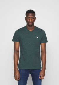 Abercrombie & Fitch - ICON V-NECK 3 PACK - Print T-shirt - red/blue/green - 1