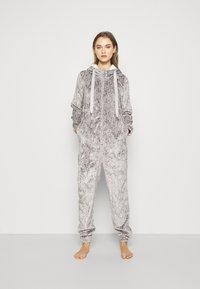 Hunkemöller - ONESIE HERRINGBONE - Pyjamas - warm grey melee - 0