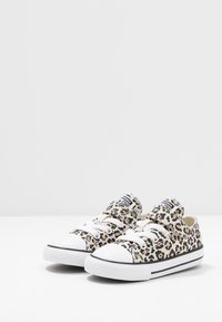 Converse - CHUCK TAYLOR ALL STAR LEOPARD PRINT - Sneakers - black/driftwood/light fawn - 3