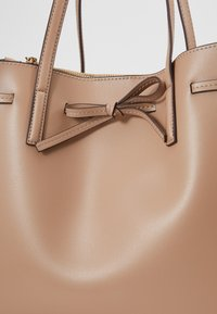 Seidenfelt - TONDER - Shopping bag - almond - 6