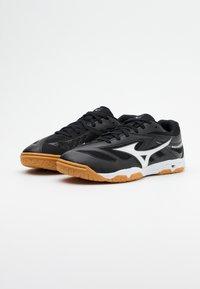 Mizuno - WAVE MEDAL 6 - Sportovní boty - black/white - 1
