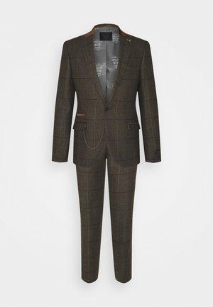 FARHOLME SUIT - Suit - khaki