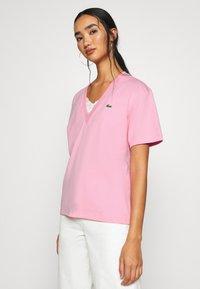 Lacoste - T-shirt basic - rosatre - 3