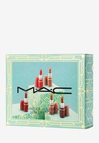 MAC - A HINT OF HOLLYWOOD MINI LIPSTICK KIT - Lip palette - - - 1