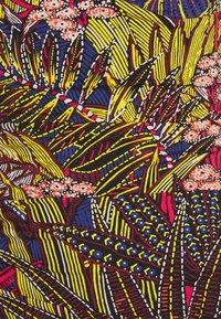 Chantelle - ETHNIC SWIMSUIT - Swimsuit - multicolor - 2