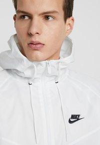 Nike Sportswear - Windbreaker - summit white - 3