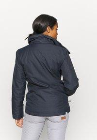 Roxy - JET SKI SOLID - Snowboard jacket - true black - 3