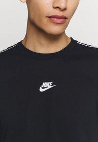 Nike Sportswear - REPEAT - Print T-shirt - black - 5