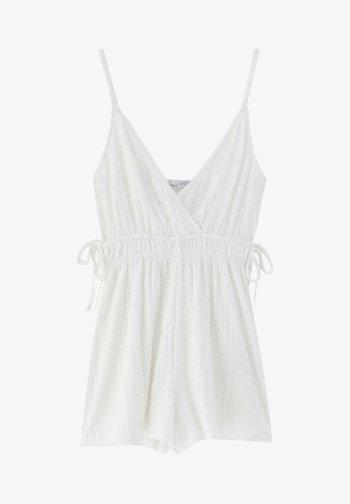 MIT GERAFFTER TAILLE - Jumpsuit - white