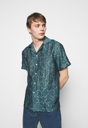 CAMP COLLAR - Shirt - green