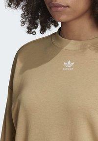adidas Originals - TREFOIL ESSENTIALS SWEATSHIRT - Sweatshirt - beige - 5