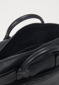 Calvin Klein - LAPTOP BAG - Aktówka - black - 2