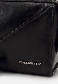 KARL LAGERFELD - SLASH SMALL TOP HANDLE - Handbag - black - 4