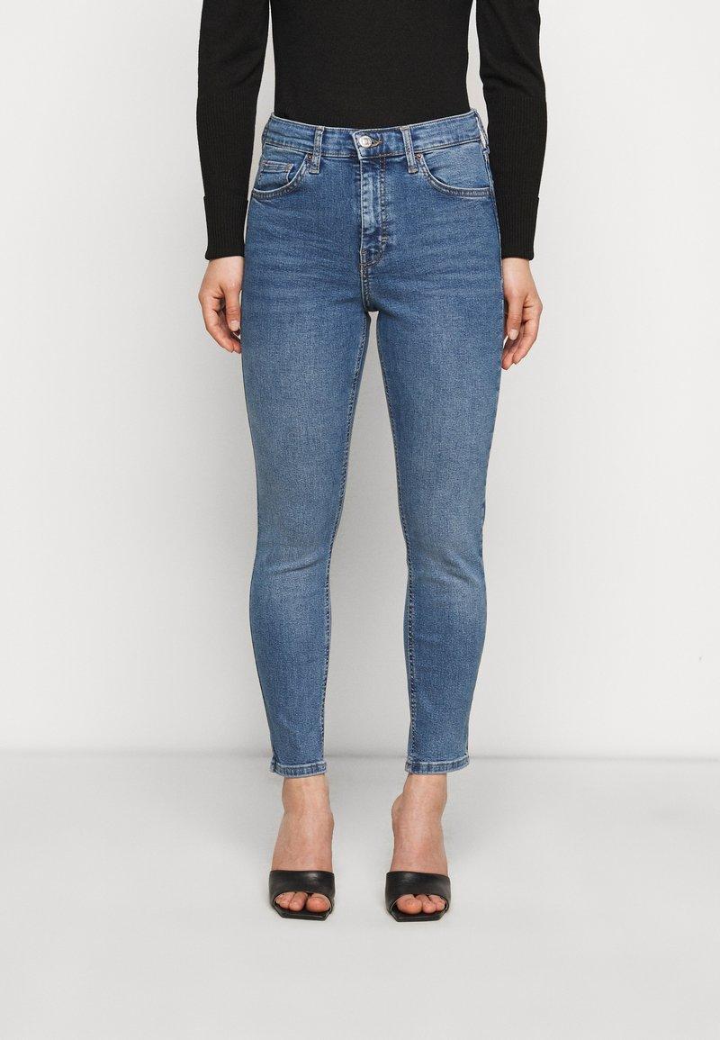 Topshop Petite - JAMIE CLEAN - Jeans Skinny Fit - blue denim