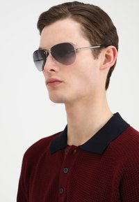 Ray-Ban - Sunglasses - silver gray
