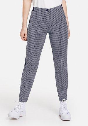 MIT MINIMALKARO - Trousers - blau/ecru/weiss gemuster