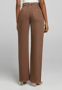 Bershka - WIDE LEG - Flared-farkut - brown - 2