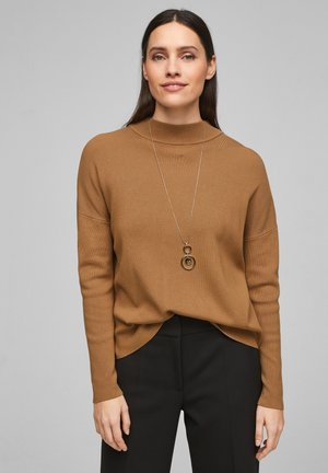 MIT DROPPED SHOULDERS - Jumper - camel knit