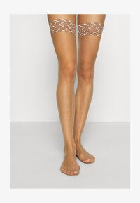 FALKE - FALKE SHELINA 12 DENIER STAY UPS ULTRA-TRANSPARENT GLÄNZEND TAN - Over-the-knee socks - tan - 1